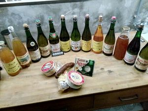 Cider selection and snacks faa2017.jpg